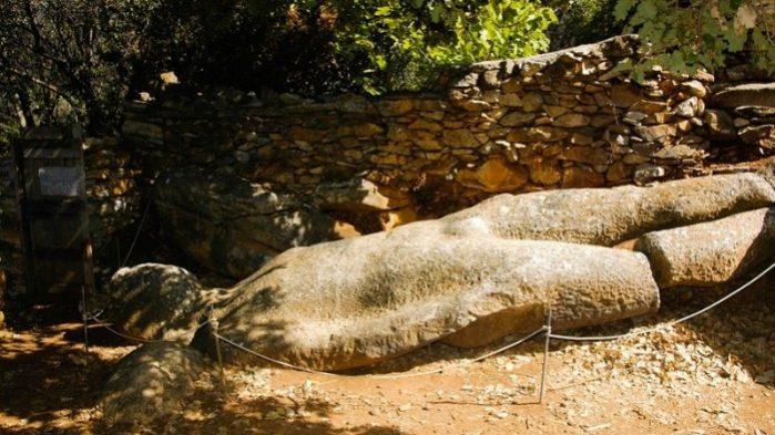Estátua de Melanes Kouros
