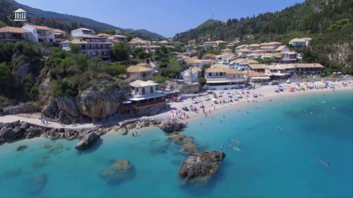 Praia de Aghios Nikitas
