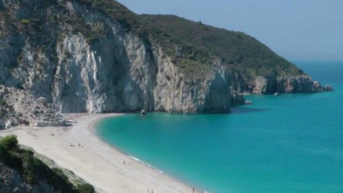 praia milos