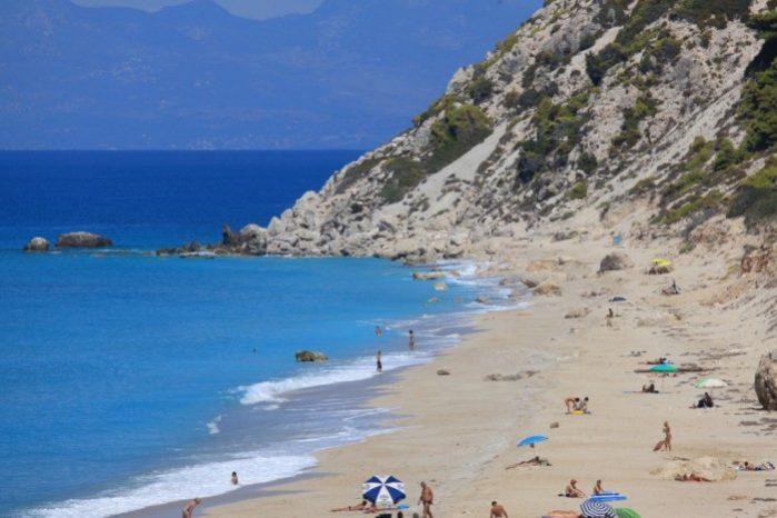 Praia Pefkoulia