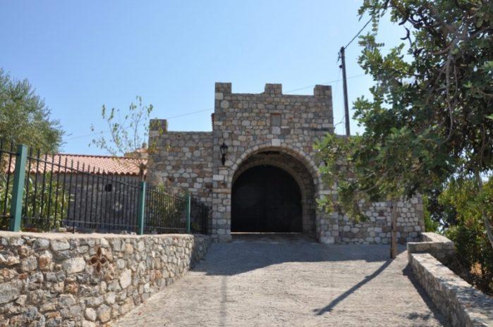 evangelistria mosteiro