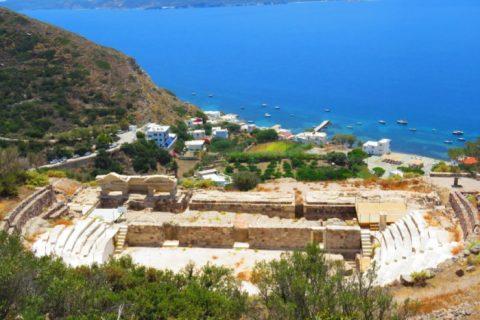 O Impressionante Teatro Romano de Milos