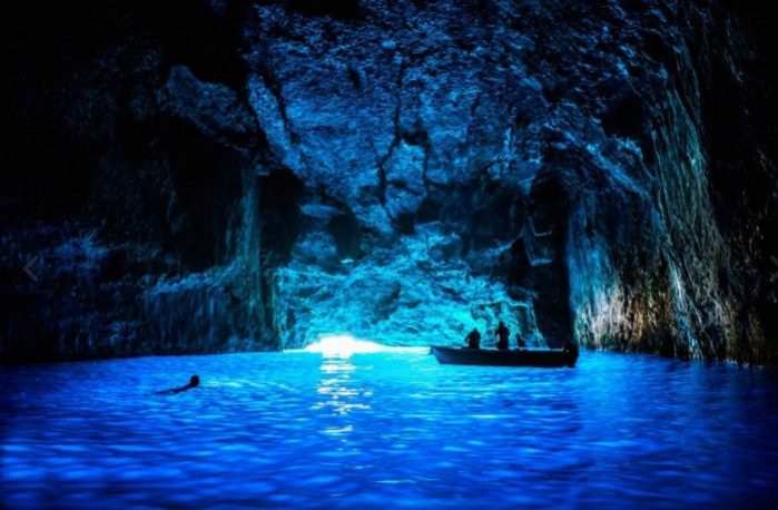 a caverna azul kastelorizo