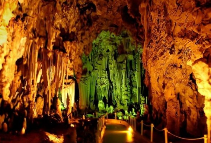 caverna alistrati