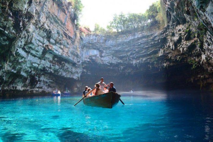 gruta melissani