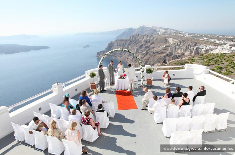 Свадебная церемония на самом романтичном острове - Санторини!