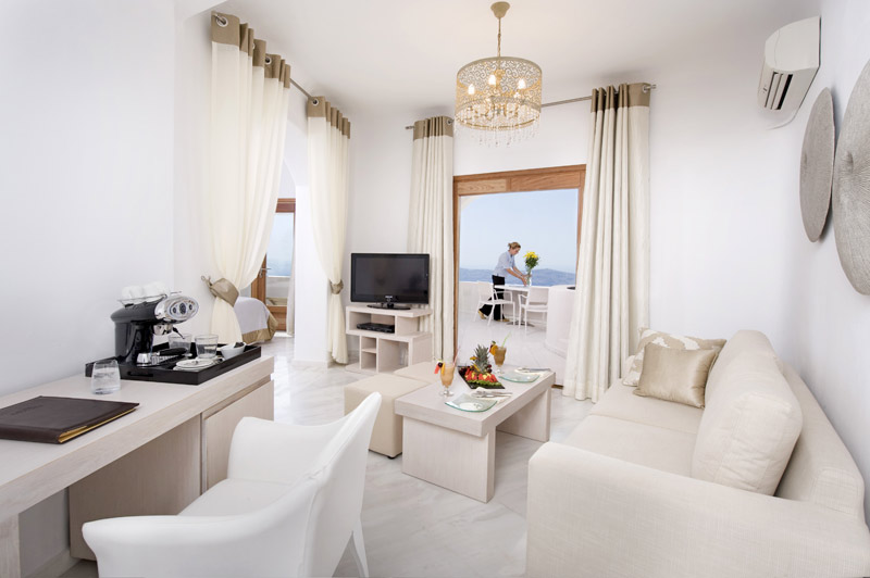 Andromeda Gold Suites