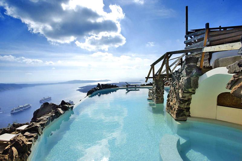 Honeymoon petra villas santorini gay friendly hotel for Honeymoon packages santorini greece